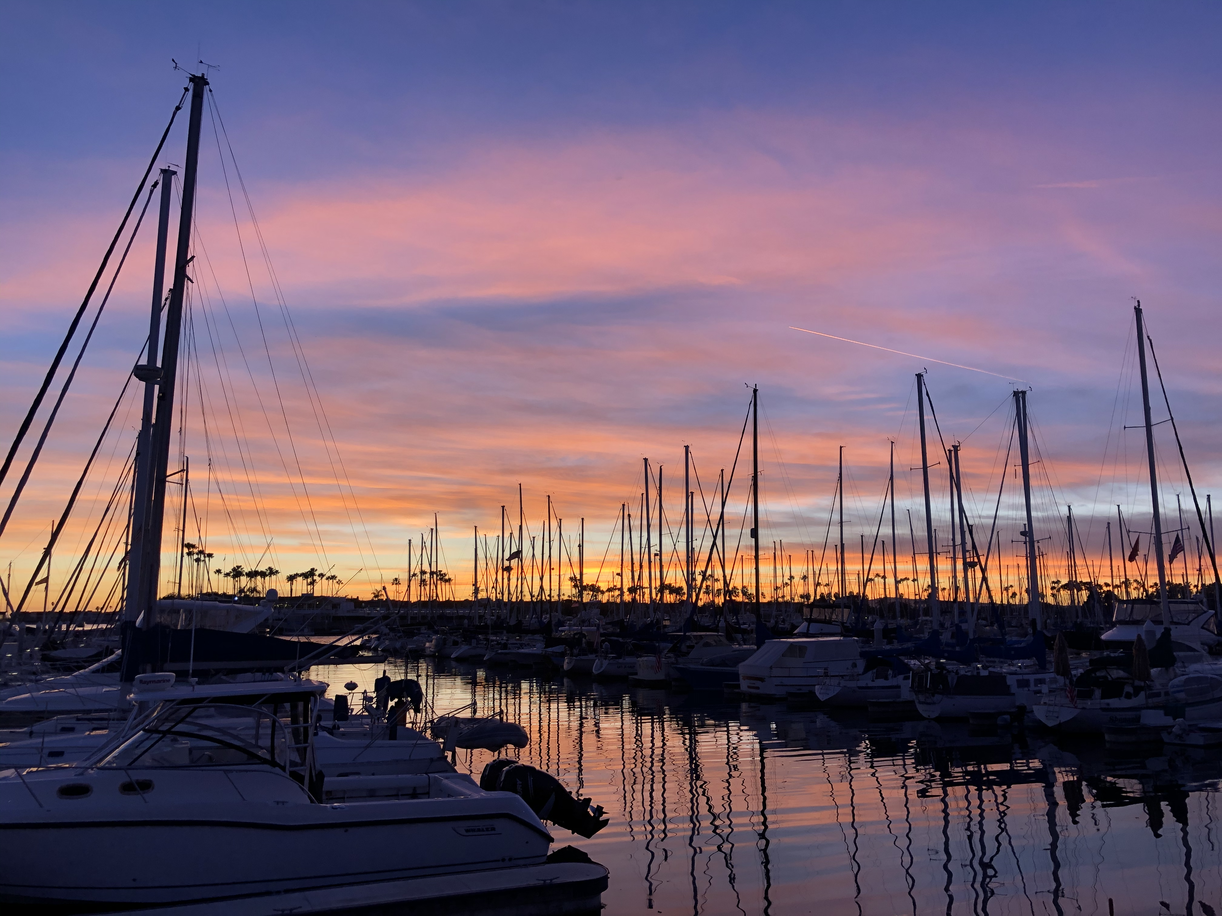A fantastic sunset from the Long Beach marina. A perfect backdrop for the much-needed walk to Chipotle.